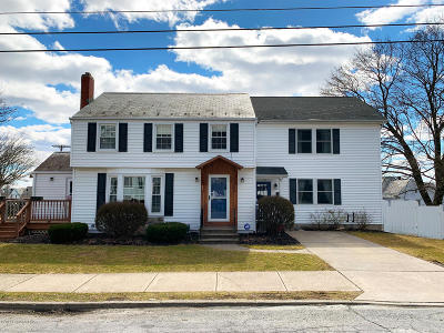 Lehigh County, Northampton County Single Family Home For Sale: 30 E Bell Ave