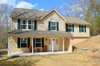 East Stroudsburg Single Family Home For Sale: 3110 Fairfax Terrace