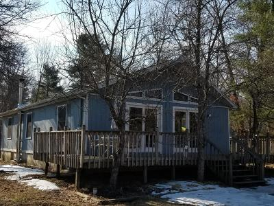 Monroe County Single Family Home For Sale: 3230 Leisure Lands Rd