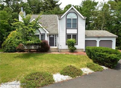 East Stroudsburg Single Family Home For Sale: 122 Water Tower Cir