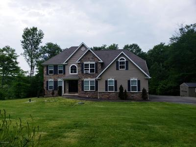 Blakeslee Single Family Home For Sale: 129 Doria Dr