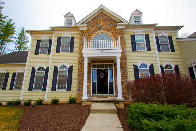 Monroe County Single Family Home For Sale: 113 Rising Meadow Way