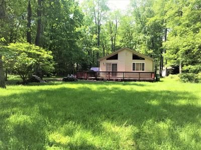 Pocono Lake PA Single Family Home For Sale: $142,900