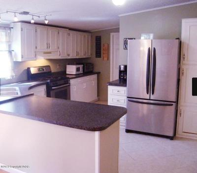 East Stroudsburg Single Family Home For Sale: 5620 Terrapin Trl