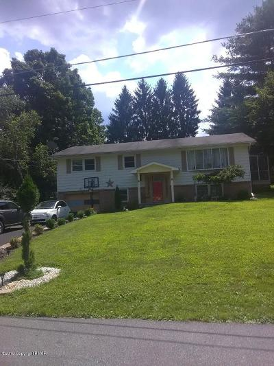 Stroudsburg Single Family Home For Sale: 600 Keystone Dr