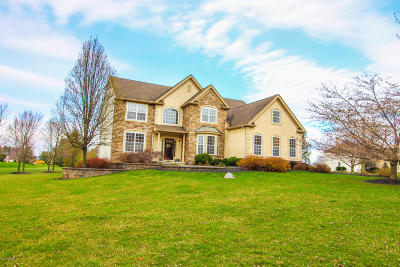 Monroe County Single Family Home For Sale: 140 Birdie Way