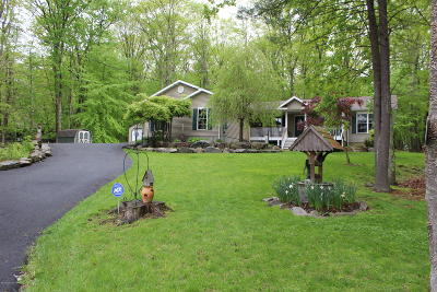 East Stroudsburg Single Family Home For Sale: 205 Winchester Dr