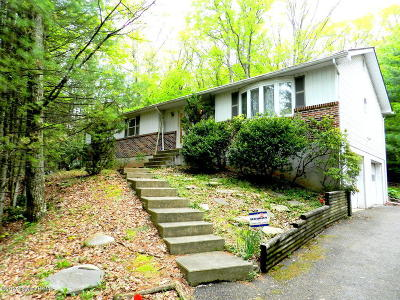 Saylorsburg Single Family Home For Sale: 2 Rollingwood Trl