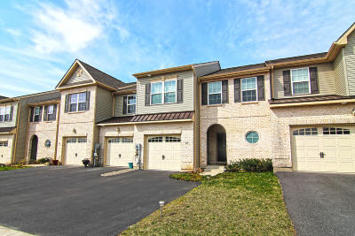 Nazareth Multi Family Home For Sale: 619 Mulberry Dr