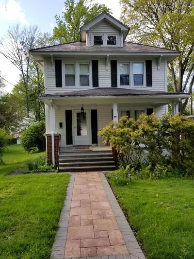 Stroudsburg Single Family Home For Sale: 754 Bryant St