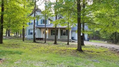 Henryville Single Family Home For Sale: 393 Wobbly Barn Rd