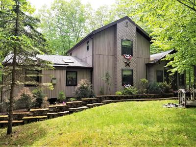 Pocono Lake Single Family Home For Sale: 1162 Ranger Trl
