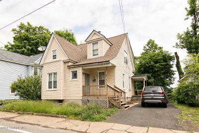 Stroudsburg Single Family Home For Sale: 302 N 5th St