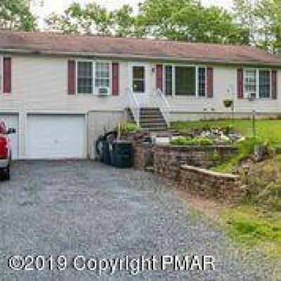 East Stroudsburg Single Family Home For Sale: 587 Fawn Rd