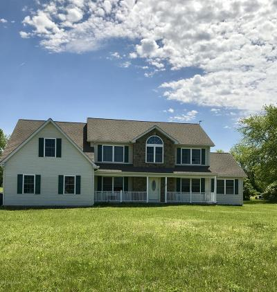Brodheadsville Single Family Home For Sale: 138 Shafer Dr