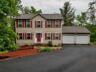 Country Club Of The Poconos Single Family Home For Sale: 211 Osprey Way