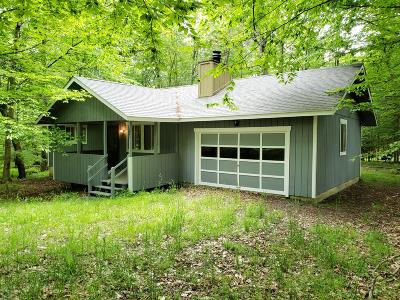 Pocono Lake PA Single Family Home For Sale: $69,995