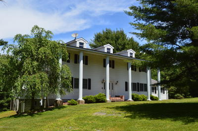 Stroudsburg Single Family Home For Sale: 2527 Valley View Acres Rd