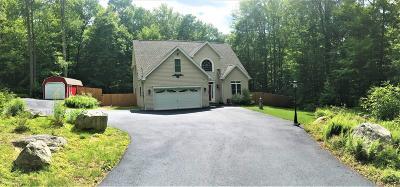 Pocono Lake PA Single Family Home For Sale: $239,900