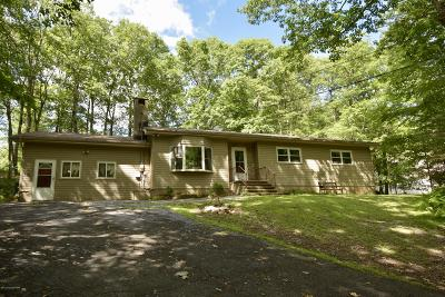 Henryville Single Family Home For Sale: 121 Jungfrau Drive