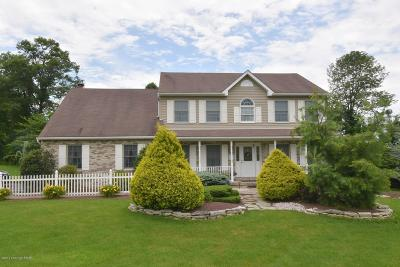 Stroudsburg Single Family Home For Sale: 1111 Heritage Blvd