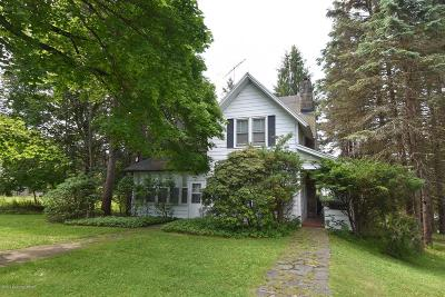 Mount Pocono Single Family Home For Sale: 31 Knob Road