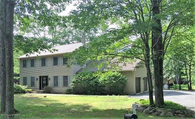 Mount Pocono PA Single Family Home For Sale: $170,000