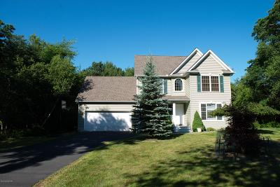 Long Pond PA Single Family Home For Sale: $189,900
