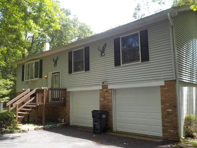 Henryville Single Family Home For Sale: 303 Sunrise Dr