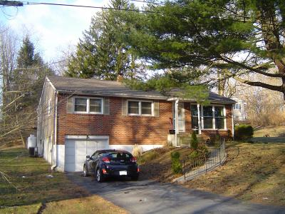 Single Family Home Sold: 15 Cherokee Rd