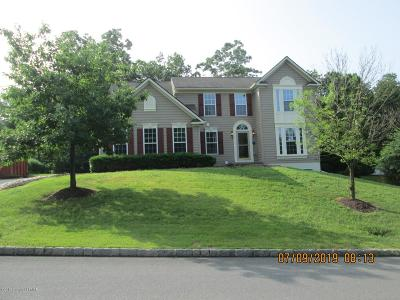 East Stroudsburg Single Family Home For Sale: 256 Daffodil Dr