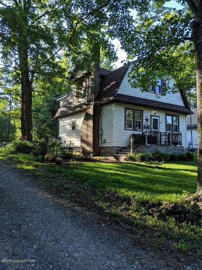 Mount Pocono Single Family Home For Sale: 130 Fairview Ave