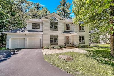East Stroudsburg Single Family Home For Sale: 5294 Hilltop Cir