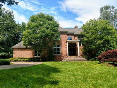 East Stroudsburg Single Family Home For Sale: 441 Hidden Lake Dr