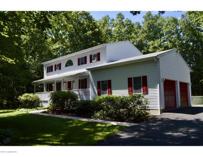Monroe County Single Family Home For Sale: 134 Livingston Rd
