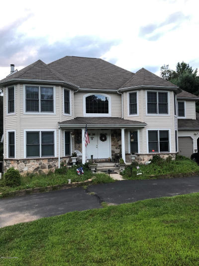 Stroudsburg Single Family Home For Sale: 316 Autumn