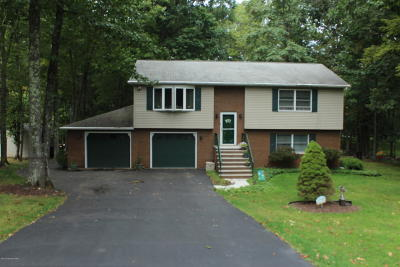 East Stroudsburg Single Family Home For Sale: 12716 Magnolia Dr