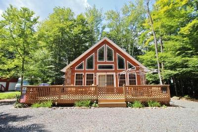 Pocono Lake Single Family Home For Sale: 6136 Chickasa Dr