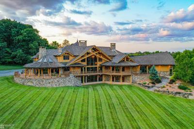 Lehigh County, Northampton County Single Family Home For Sale: 180 Nazareth Dr