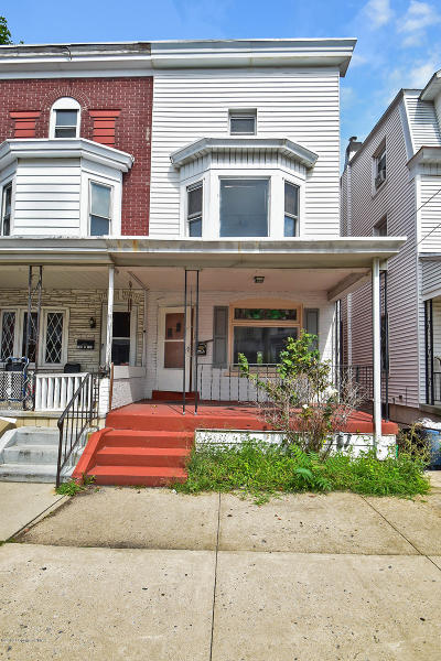 Lehigh County, Northampton County Single Family Home For Sale: 711 S 5th St