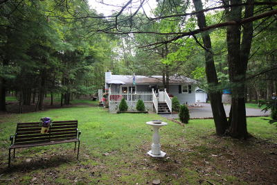 Blakeslee Single Family Home For Sale: 157 Maple Rd