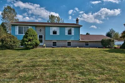 Mount Bethel Single Family Home For Sale: 48 Scenic Ct