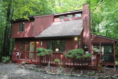 Pocono Lake Single Family Home For Sale: 7149 Winnebago Dr