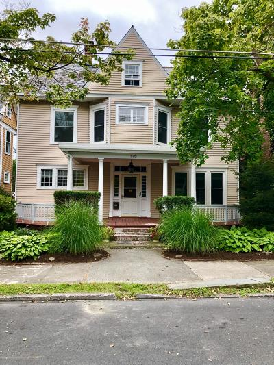 Stroudsburg Single Family Home For Sale: 605 Thomas St