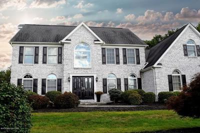 Stroudsburg Single Family Home For Sale: 154 Old Kettle Court