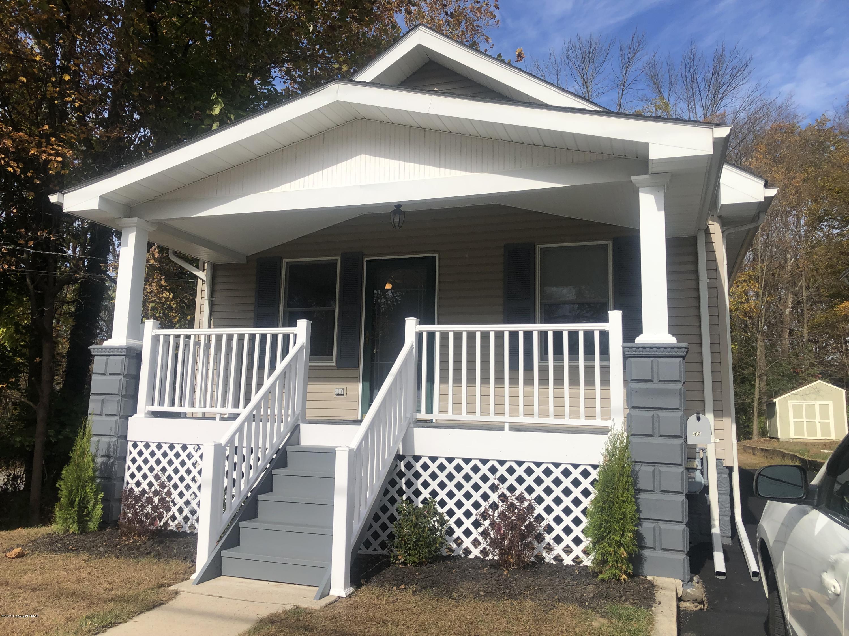42 W Broad St, East Stroudsburg, PA 18301