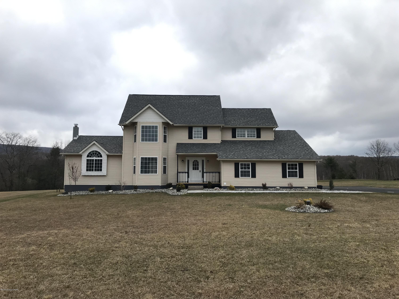 202 Terrace Dr, Saylorsburg, PA 18353