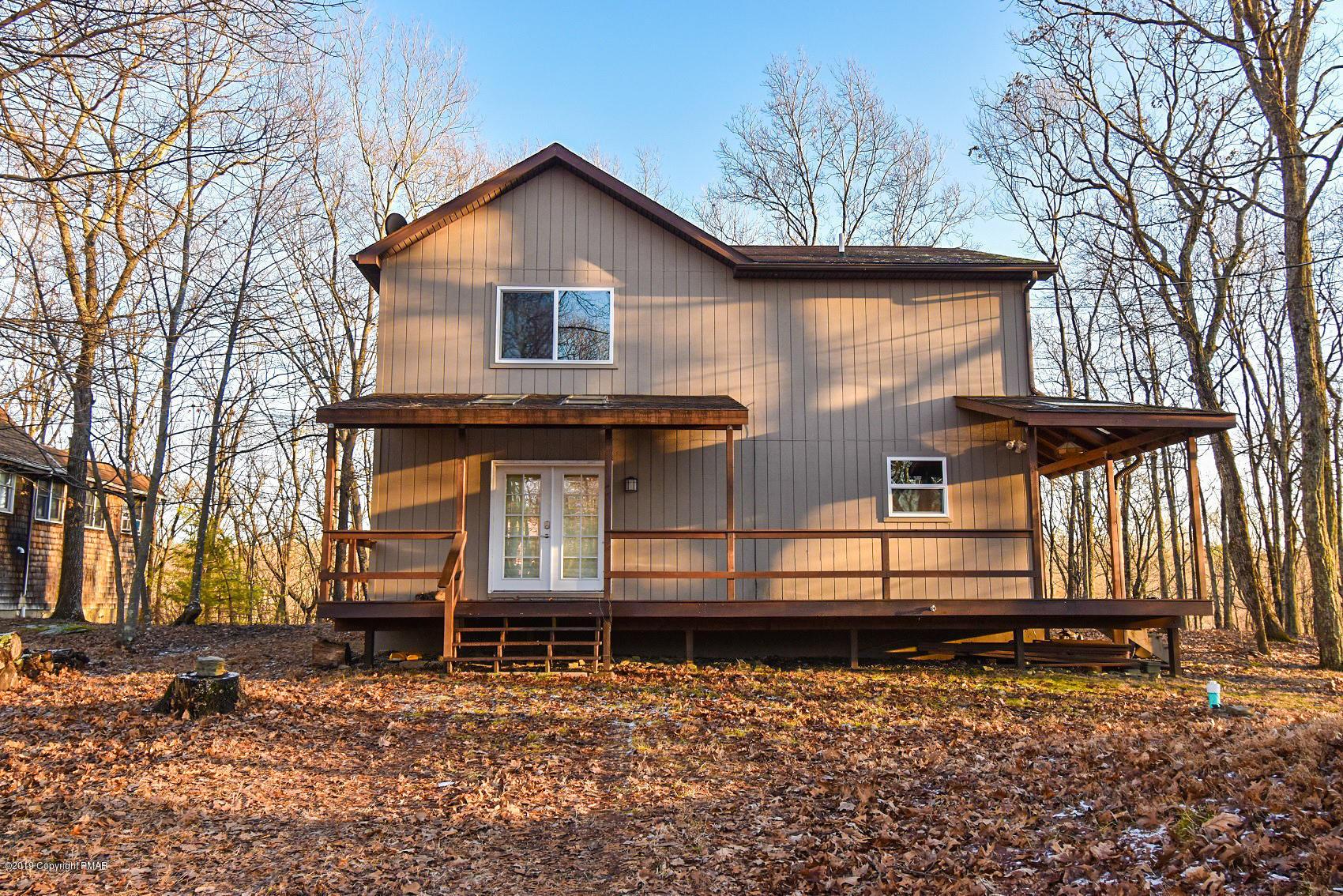 546 Whippoorwill Drive, Bushkill, PA 18324