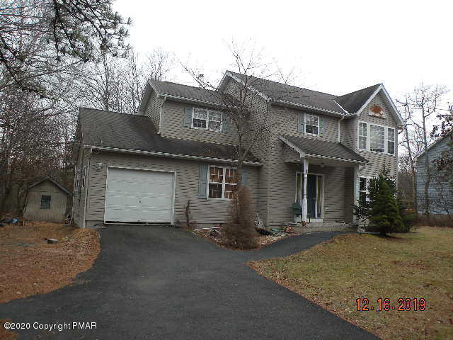 262 Overland Dr, Long Pond, PA 18334