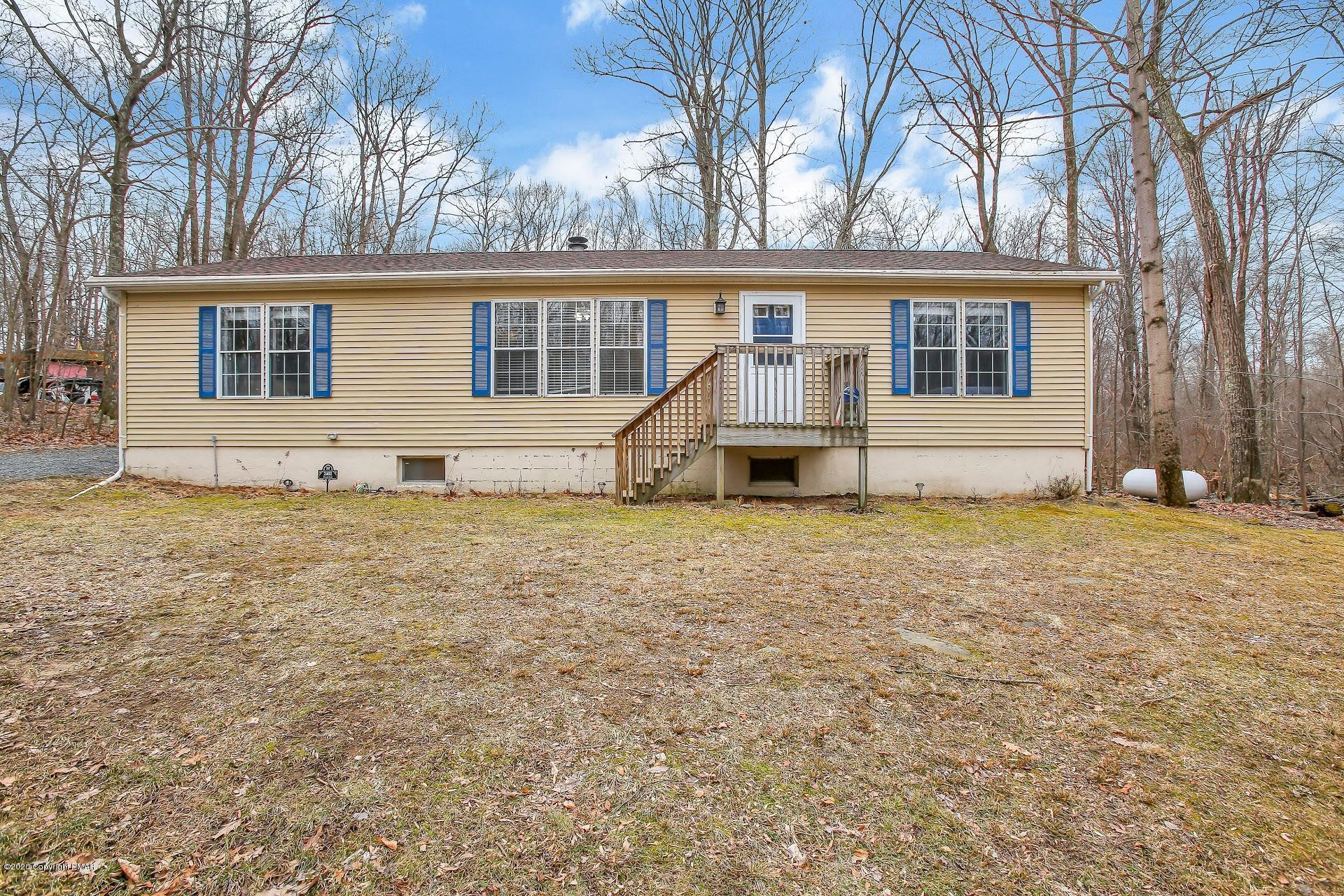 2402 Dornick Rd, East Stroudsburg, PA 18302